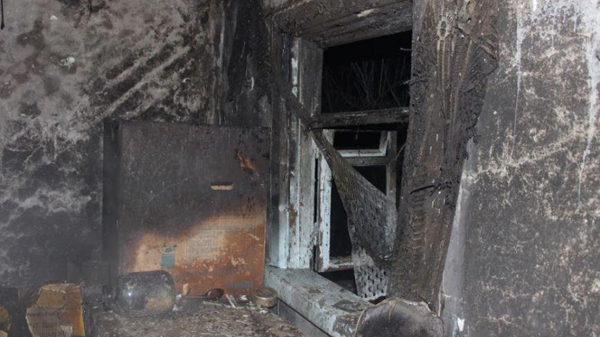 Депутату Житомирської облради підпалили хату. Фото