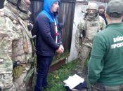 У Житомирі СБУ затримала військових контрактників на збуті вибухівки