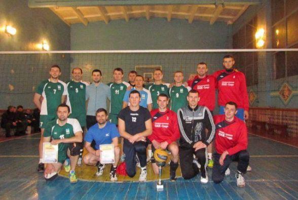 """СК """"Бердичів"""" став переможцем обласного турніру з волейболу """"Різдвяні зустрічі"""""""