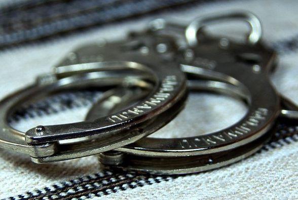 У Житомирі затримали псевдополіцейську, що видурювала у жителів міста гроші шахрайськими методами
