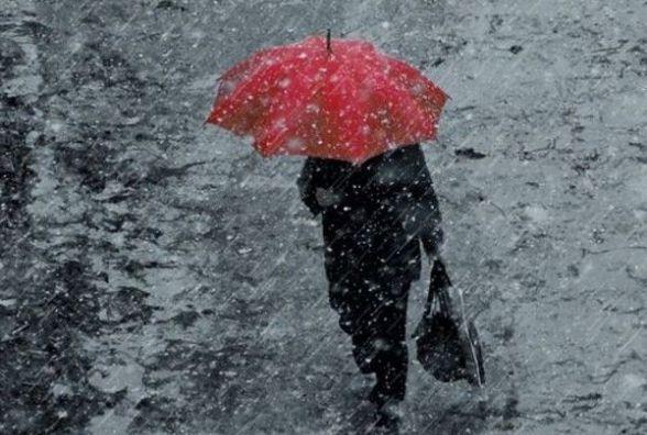 Увага! На автошляхах Житомирщини через складні погодні умови обмежено рух