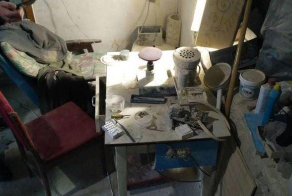 У Житомирі викрили підпільний цех з обробки коштовного каміння
