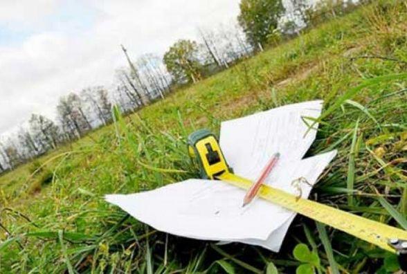 З початку року експерти Житомирщини прийняли до опрацювання майже 950 проектів землеустрою з інших областей
