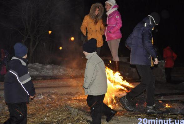 Як житомиряни у парку Масляну святкували