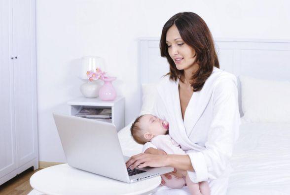 Відтепер отримати допомогу при народженні дитини можна і через інтернет