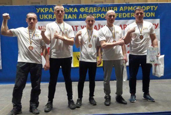 Знай наших: житомиряни виграли медалі на чемпіонаті України з армспорту