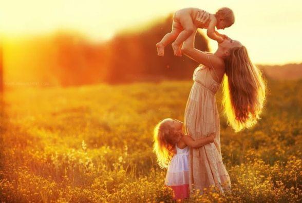 У Житомирі стартував новий соціальний проект, присвячений міжнародному Дню матері