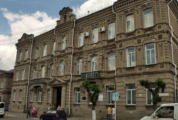 Депутати проголосували за розірвання контракту зі скандальним директором Бердичівського медколеджу
