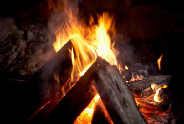 На Житомирщині чоловік загинув від опіків, заснувши біля багаття