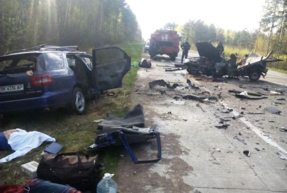 Страшна ДТП на Житомирщині: загинули п'ятеро людей