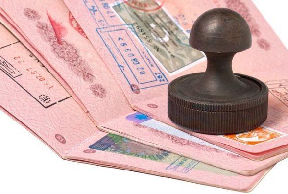 Вступили в дію нові правила оформлення віз для в'їзду в Україну