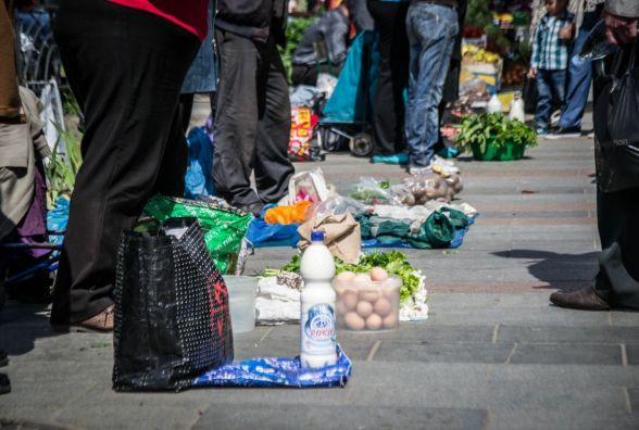 Житомирян закликають не купувати продукти в невстановлених місцях торгівлі