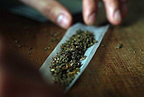 На Житомирщині у порушника ПДР знайшли наркотики