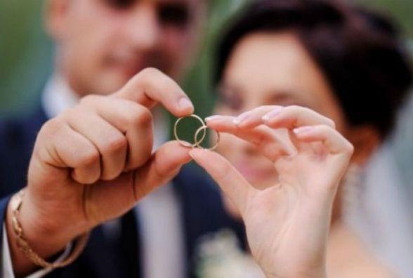 Послугою «Шлюб за добу» найчастіше користуються іноземці