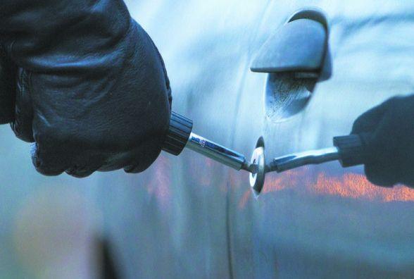 Будьте обережними: на Житомирщині за добу вкрали 2 автомобілі