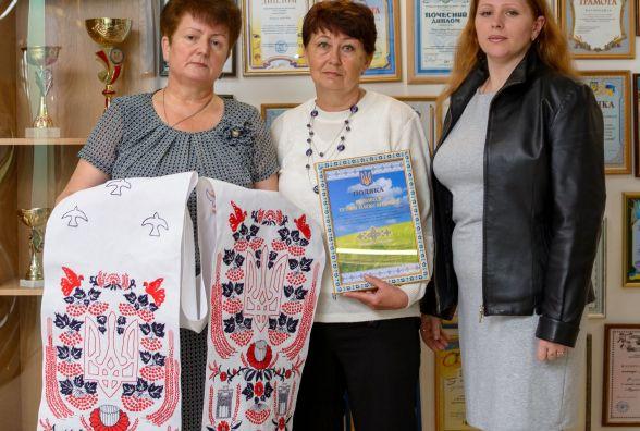 Перший в Україні рушник-оберіг вишили у Житомирі