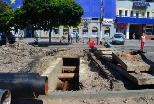 Термін перекриття руху транспорту в центрі Житомира продовжили