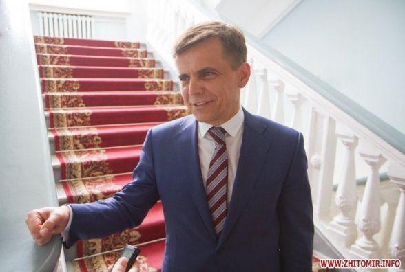 Житомирський мер «втік» з сесії міськради в Київ за грошима