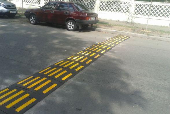 У Житомирі біля шкіл та садочків встановлять нові «лежачі поліцейські»