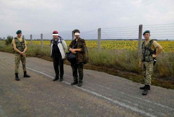 Житомирські прикордонники затримали двох сталкерів неподалік зони відчуження