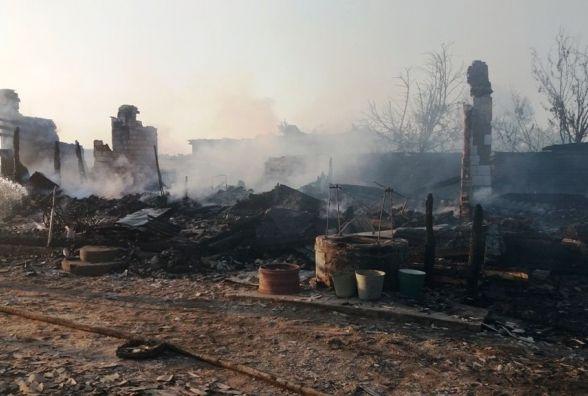 У Баранівському районі під час масштабної пожежі травмувалося двоє людей