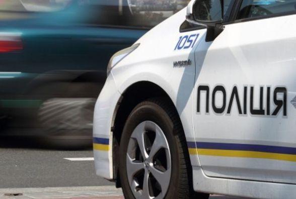 У Житомирі  поліцейські охорони за 15 хвилин затримали грабіжника