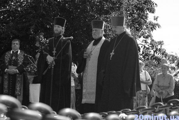 Близько сотні житомирян вшанували жертв Великого терору. Фоторепортаж