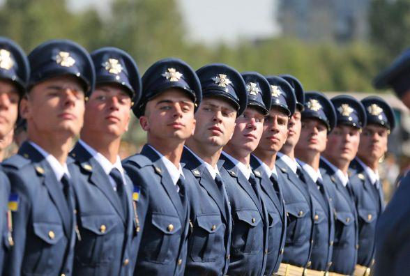 «Українська армія - у найкращій формі, ніж будь-коли», - Президент