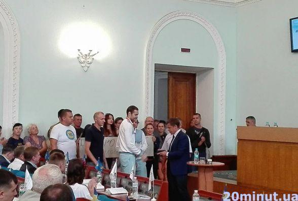 Фотофакт. У міськраді нагородили спортсменів-паралімпійців і їхніх тренерів