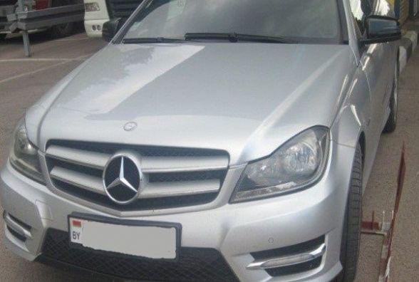 Житомирські прикордонники виявили автомобіль, що перебував у міжнародному розшуку