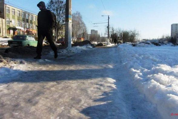 Зима «на носі»: чи готові житомирські комунальники до снігопадів