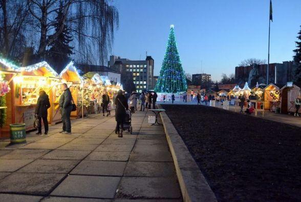 У Житомирі на Різдвяному ярмарку дозволили продаж слабоалкоголки