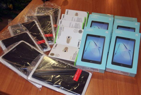 Житомирські поліцейські отримали планшети