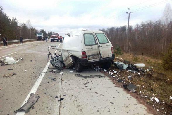 Фатальна ДТП: загинув водій легковика