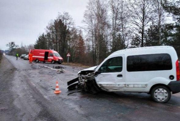 Двічі за добу рятувальники деблокували постраждалих у ДТП