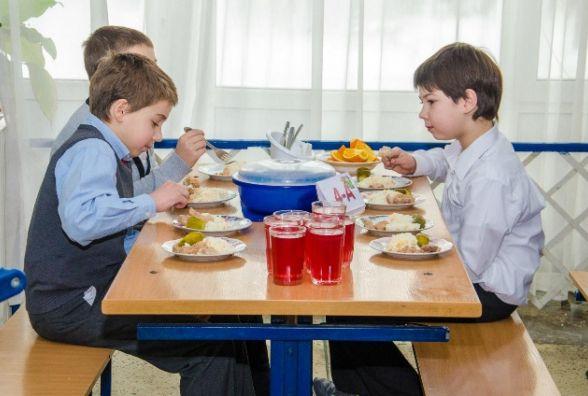 З наступного року сніданок житомирських школярів коштуватиме 8 грн