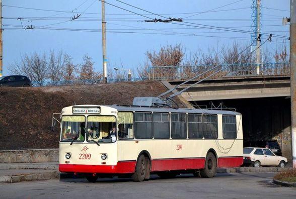 У новорічну ніч житомиряни зможуть доїхати до центральної ялинки тролейбусом