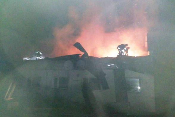 Через неправильне пічне опалення, горіла будівля на деревообробному підприємстві