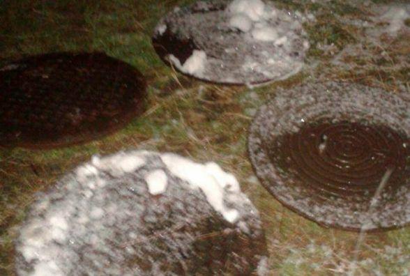 У Житомирі намагалися поцупити близько 10 каналізаційних люків
