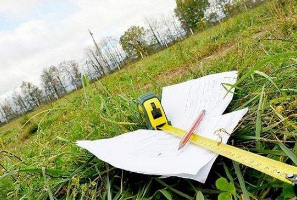 Дві школи на Житомирщині не мають документів на землю