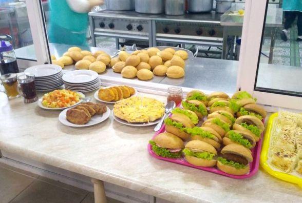 Заступник Житомирського міського голови обіцяє щоденно контролювати якість шкільних сніданків