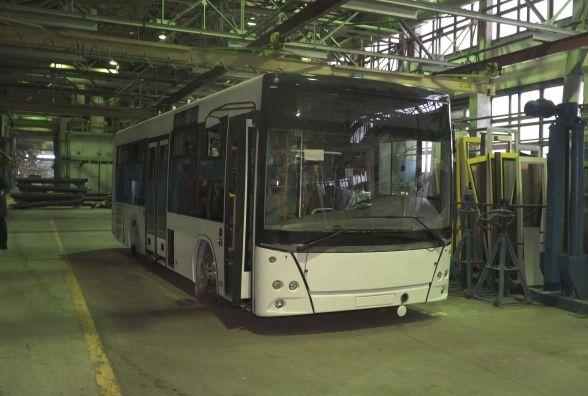 Сергій Сухомлин у Мінську особисто обирав автобуси для житомирян