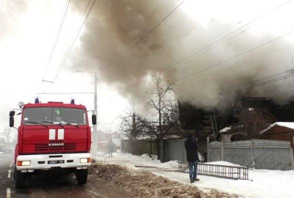 Пожежу у Житомирі гасили 18 вогнеборців та 3 одиниці техніки