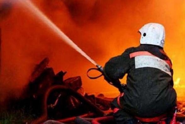 В Олевському районі під час пожежі в квартирі врятовано літнього чоловіка