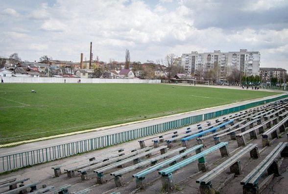 Реконструкцією стадіону «Спартак» займається компанія, яка вже три роки не може здати басейн в садочку