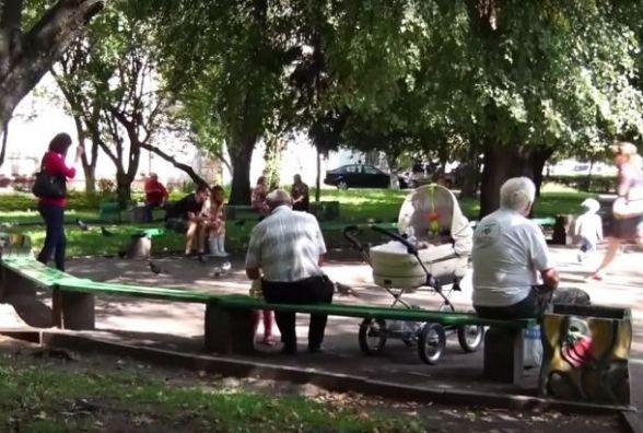 У сквері на Лятошинського все-таки можуть з'явитися МАФи