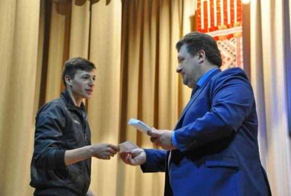 У Житомирі привітали 155 дітей-сиріт, які цього року стануть випускниками