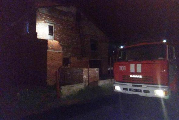 Житомирська область: вогнеборці ліквідували пожежу в двохповерховому житловому будинку