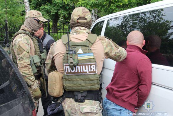 У Житомирі поліцейські вилучили з автомобіля гранату