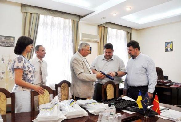 Житомирщина отримала від Федерації сучасного п'ятиборства України лазерні пістолети для підготовки дітей